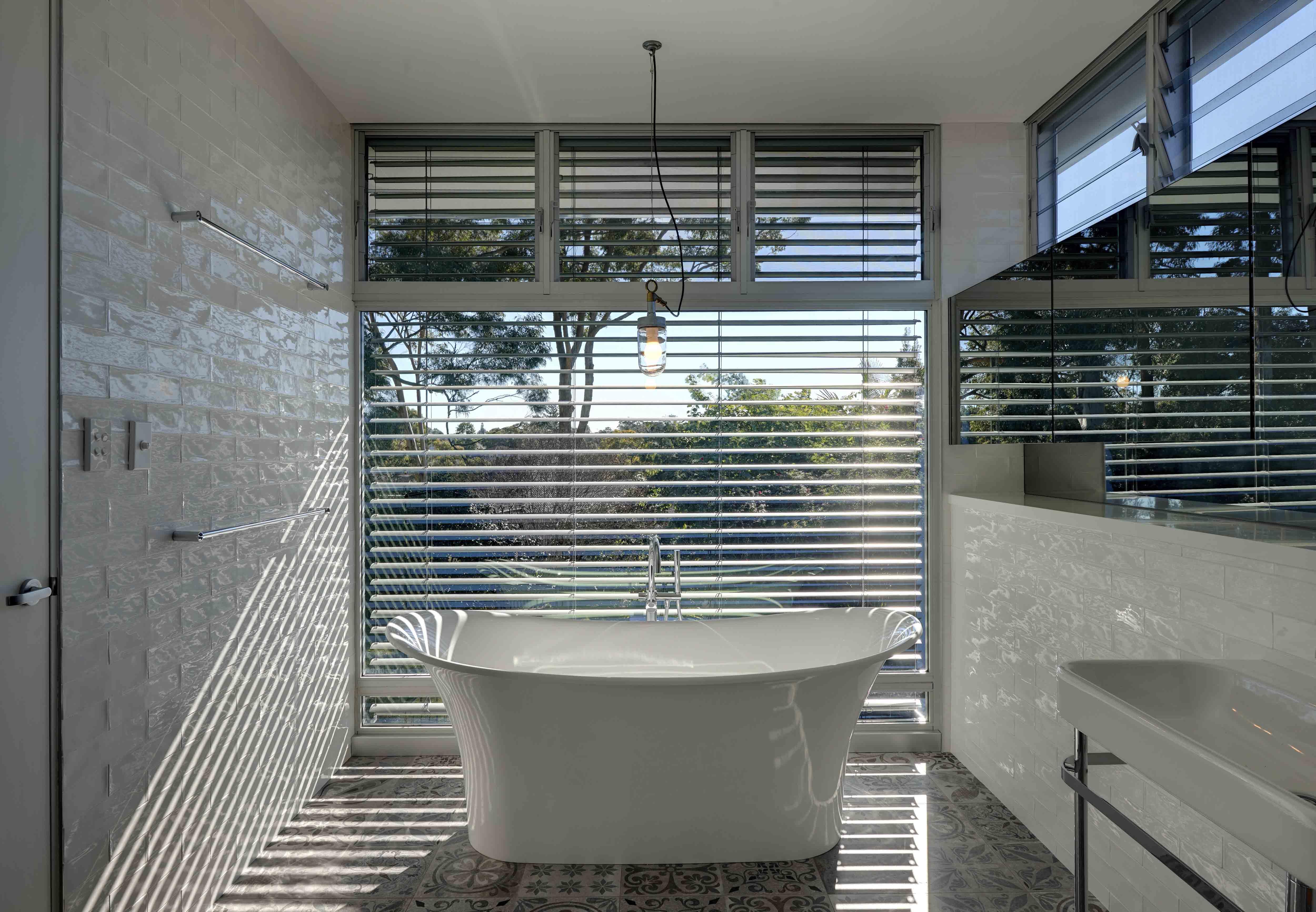 37 Gladesville House – Bathe 1-studioJLA