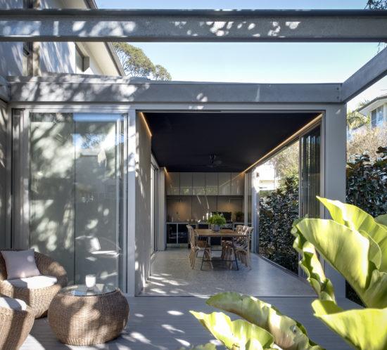 henley-house-outdoor