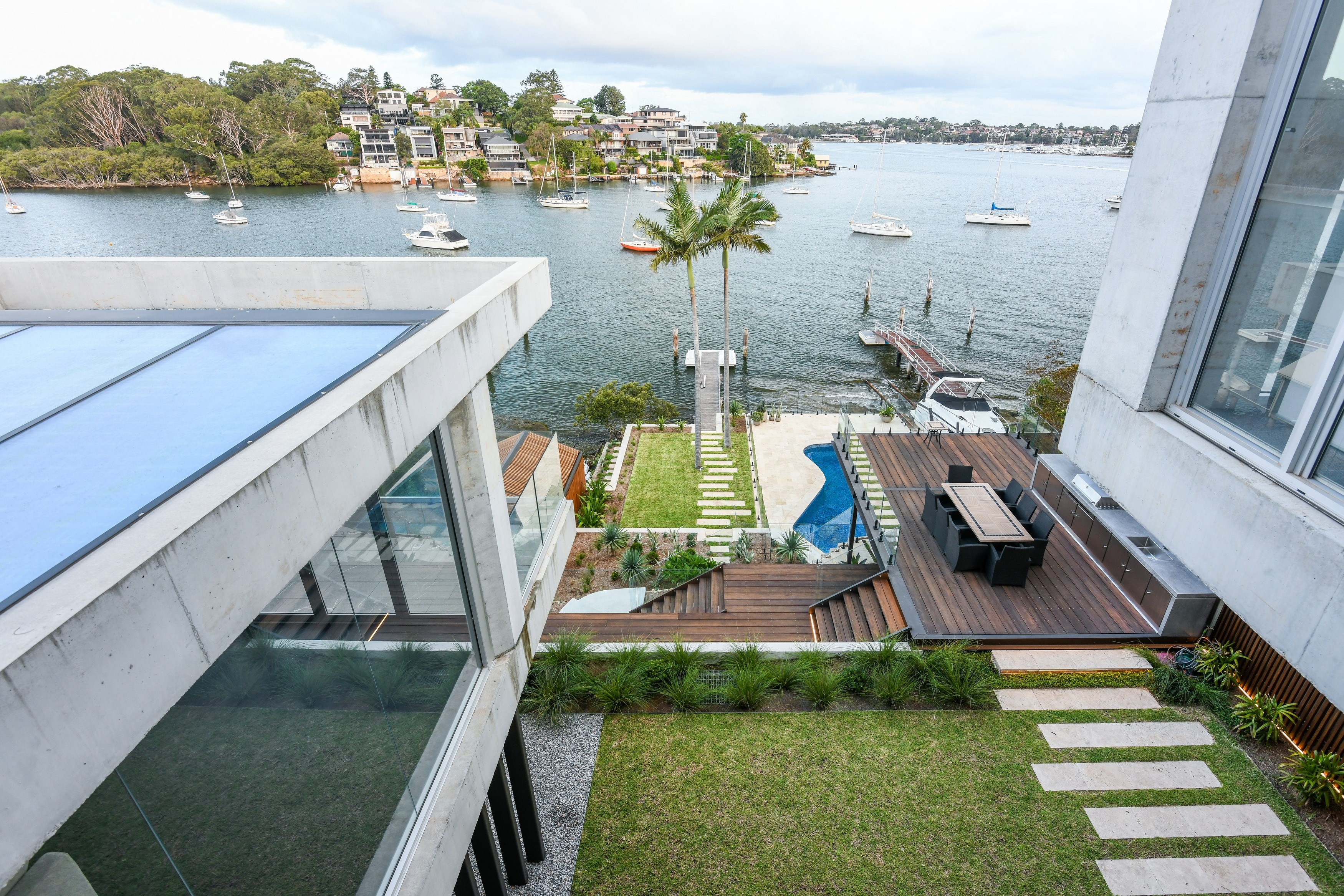 13 Tennyson Point House – Water View